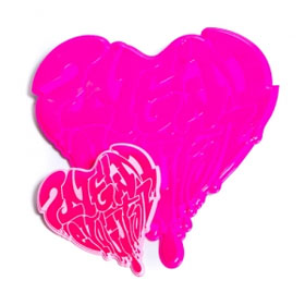 [YG 公式商品] 2NE1 NEW EVOLUTION PlasticBadges Heart