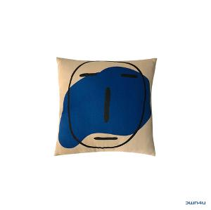 [SKULLHONG] POKER FACE CUSHION LIGHT BROWN [17FW]