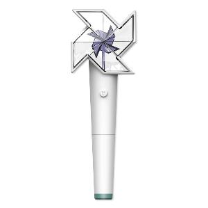 KIMJAEHWAN - OFFICIAL FANLIGHT *Battery not Included